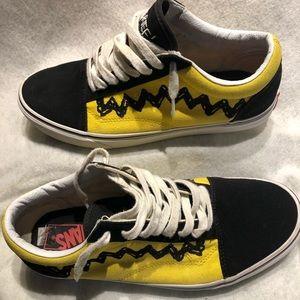 2017 Peanuts Charlie Brown Vans Mens Sz 10 Shoes